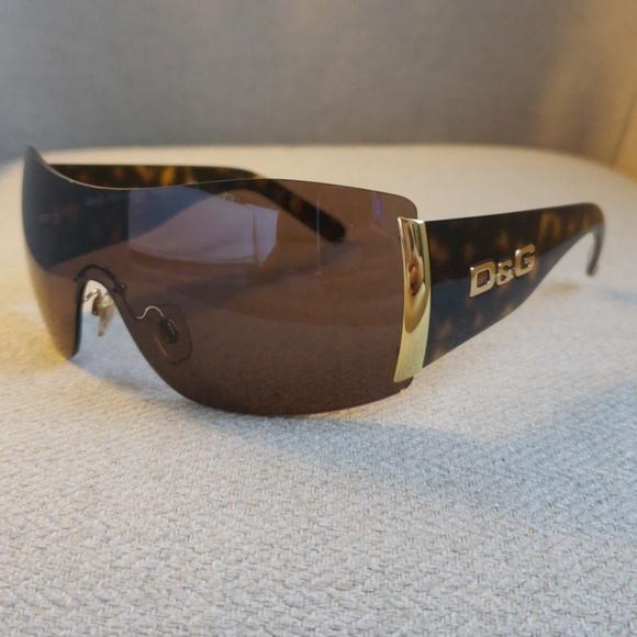 f3f8fdff3adb Dolce   Gabbana Accessories - Dolce   Gabbana D G sunglasses- Authentic!